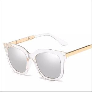 Accessories - NEW Clear Statement Frame Mirror Lense Sunglasses